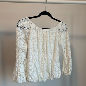 TROVARÉ White Lace Top with Bell Sleeves